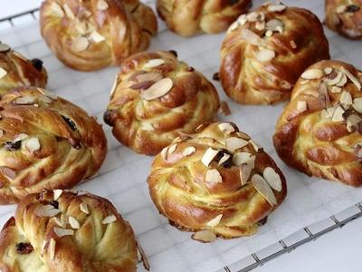 起酥机食谱推荐:松脆肉桂葡萄干面包